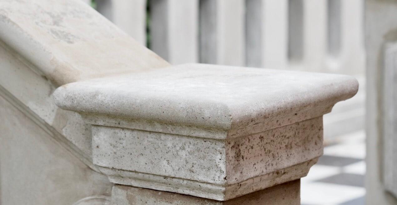 Balustrade i beton afslutning af stukkatør Jacobsen-Friis
